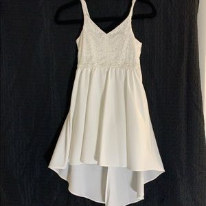 NWT Girls white formal dress SZ 8